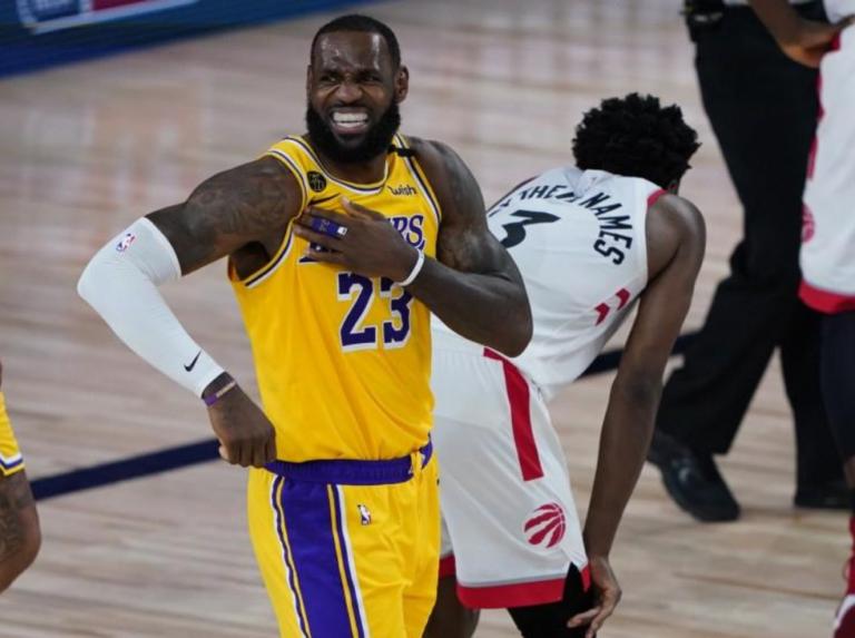 Lakers de LeBron perdió ante los Raptors de Lowry