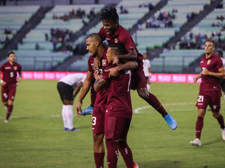 La Vinotinto will host Chile at the UCV Olympic in November