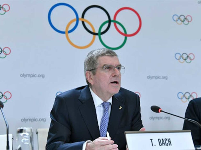 Thomas Bach to Pelé: «You are an Olympic athlete because of your values»