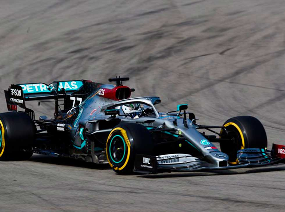 Bottas and Hamilton lead first practice