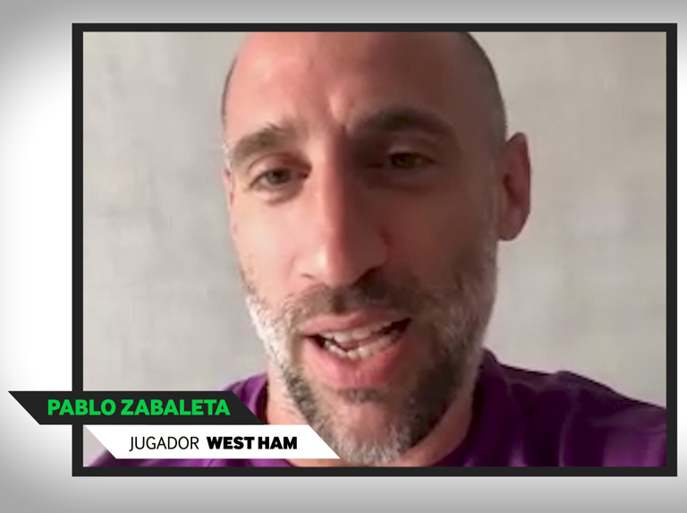 Zabaleta fulfills the dream of the biggest Mexican fan of West Ham