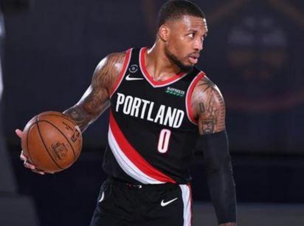 With 42 points Damian Lillard led the Blazers to the play-off