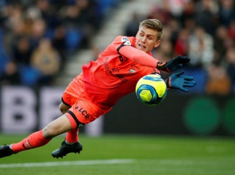 El Arsenal fichó al portero del Dijon Runarsson