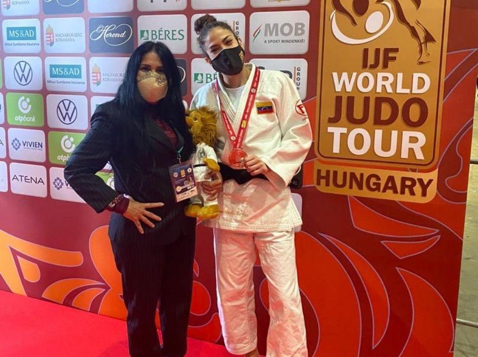 Anriquelis Barrios got silver in Budapest