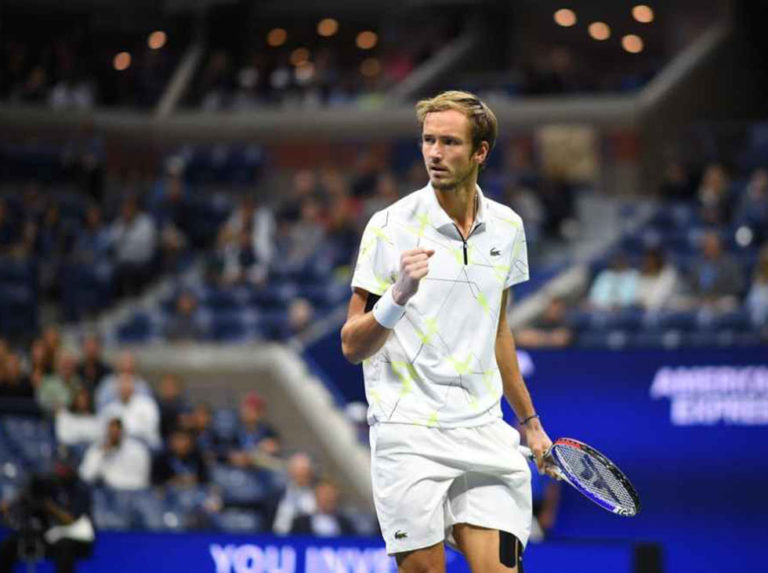Medvedev started with victory at the St. Petersburg Open