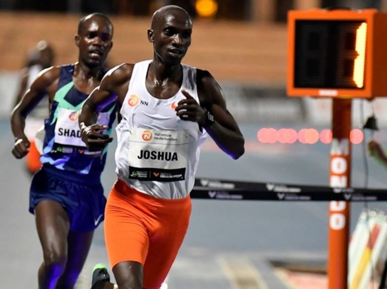 Cheptegei broke Bekele's mythical record in the 10.000 sprint meters