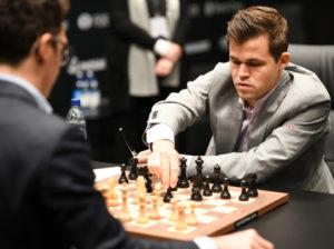 Sembrar Ajedrez | Carlsen se impone en su tierra