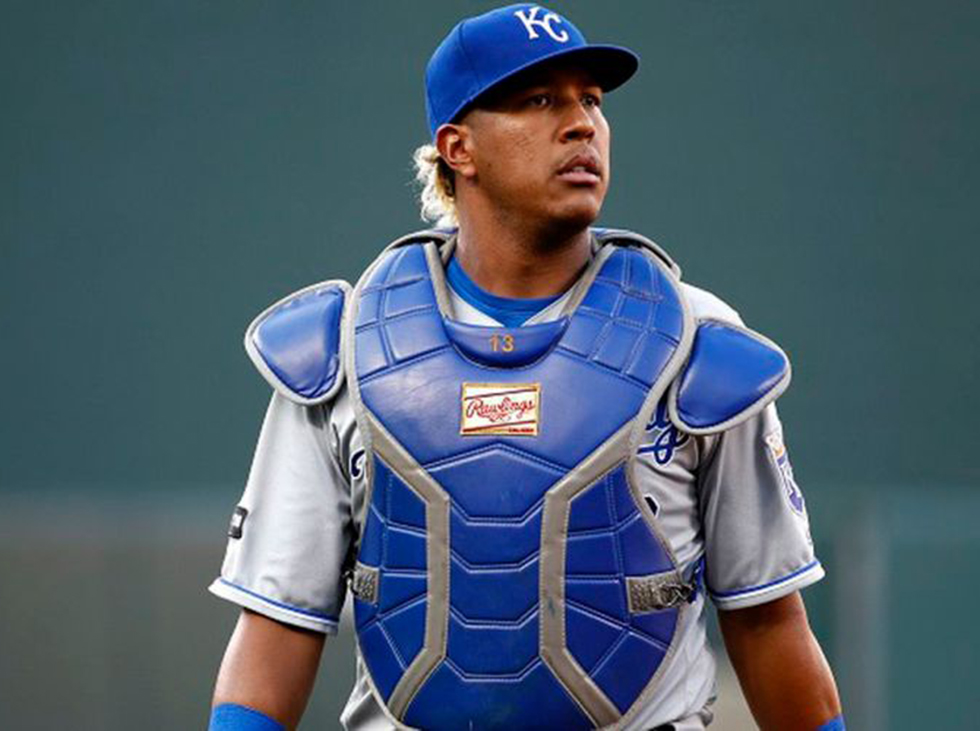 Surprise absence of Salvy in finalists for the Golden Glove