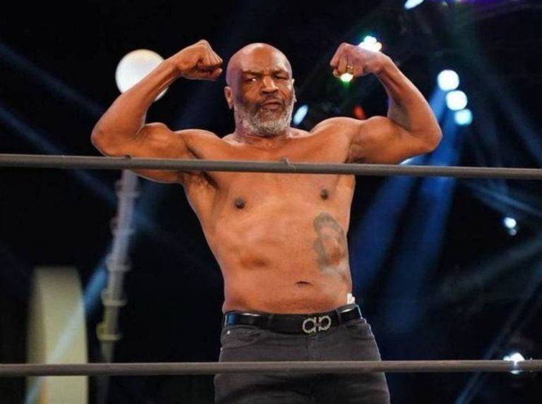 Mike Tyson regresa al ring contra Roy Jones Jr.