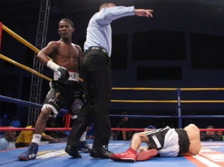 Alexis Díaz peleará por título mosca ligero OMB